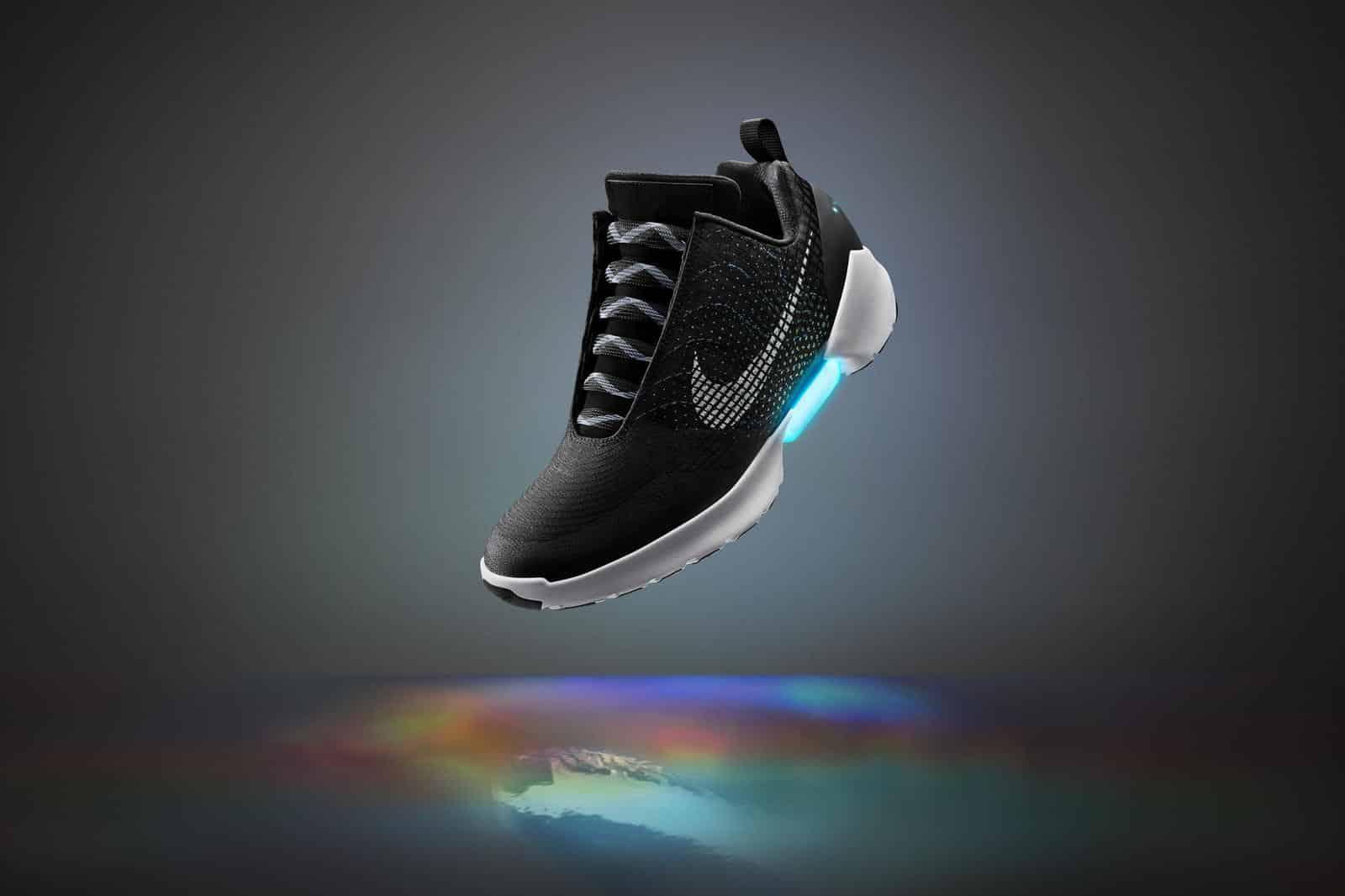 Nike HyperAdapt 1.0 auto-lassante