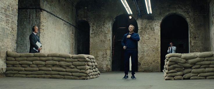 Daniel Craig chaussé de Gazelle dans Skyfall