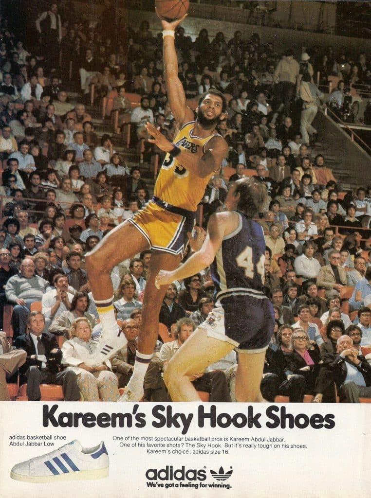 Les Superstar aux pieds de Kareem Abdul Jabbar