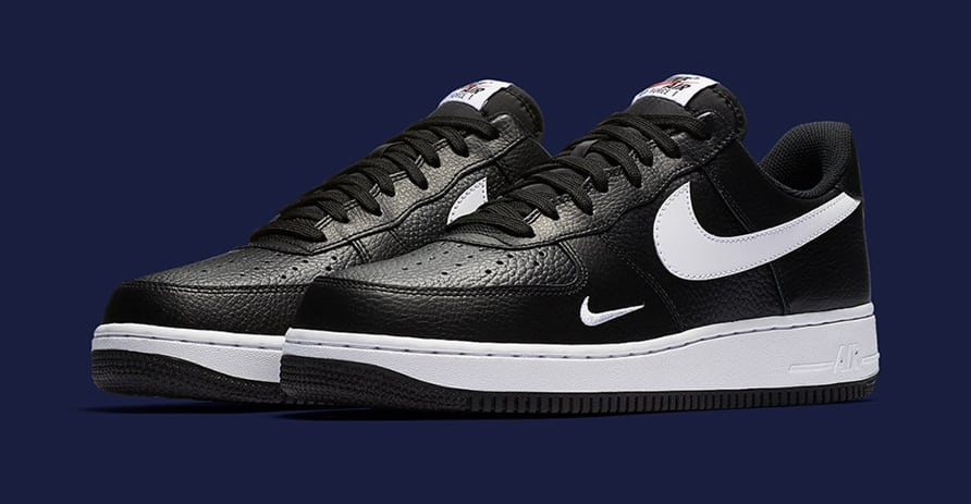 Nike Air Force 1 Mini Swoosh Black