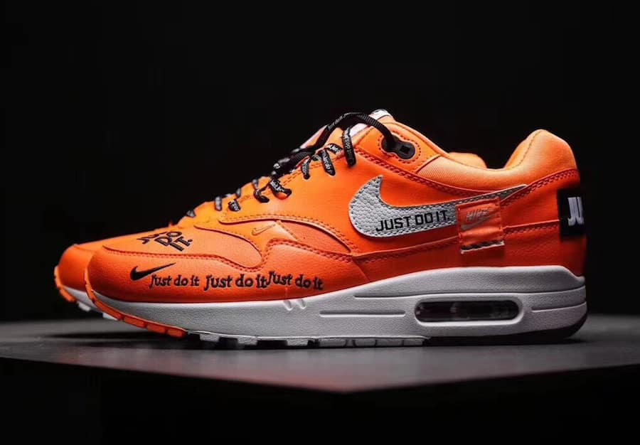 Nike Air Max 1 ''Just Do It'' - Sneaker Style