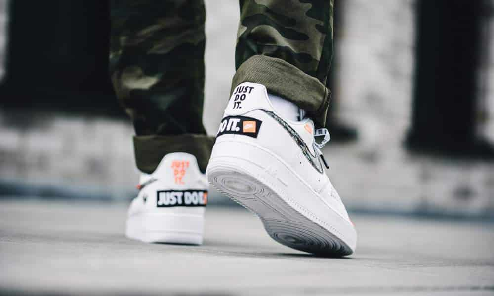 "Nike Air Force 1 ""Just Do It"" blanche"