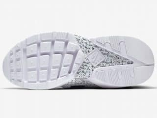 Nike Huarache City Low « Just Do It » blanche