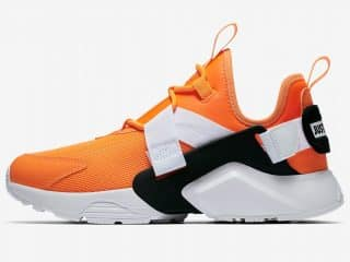 Nike Huarache City Low « Just Do It » orange