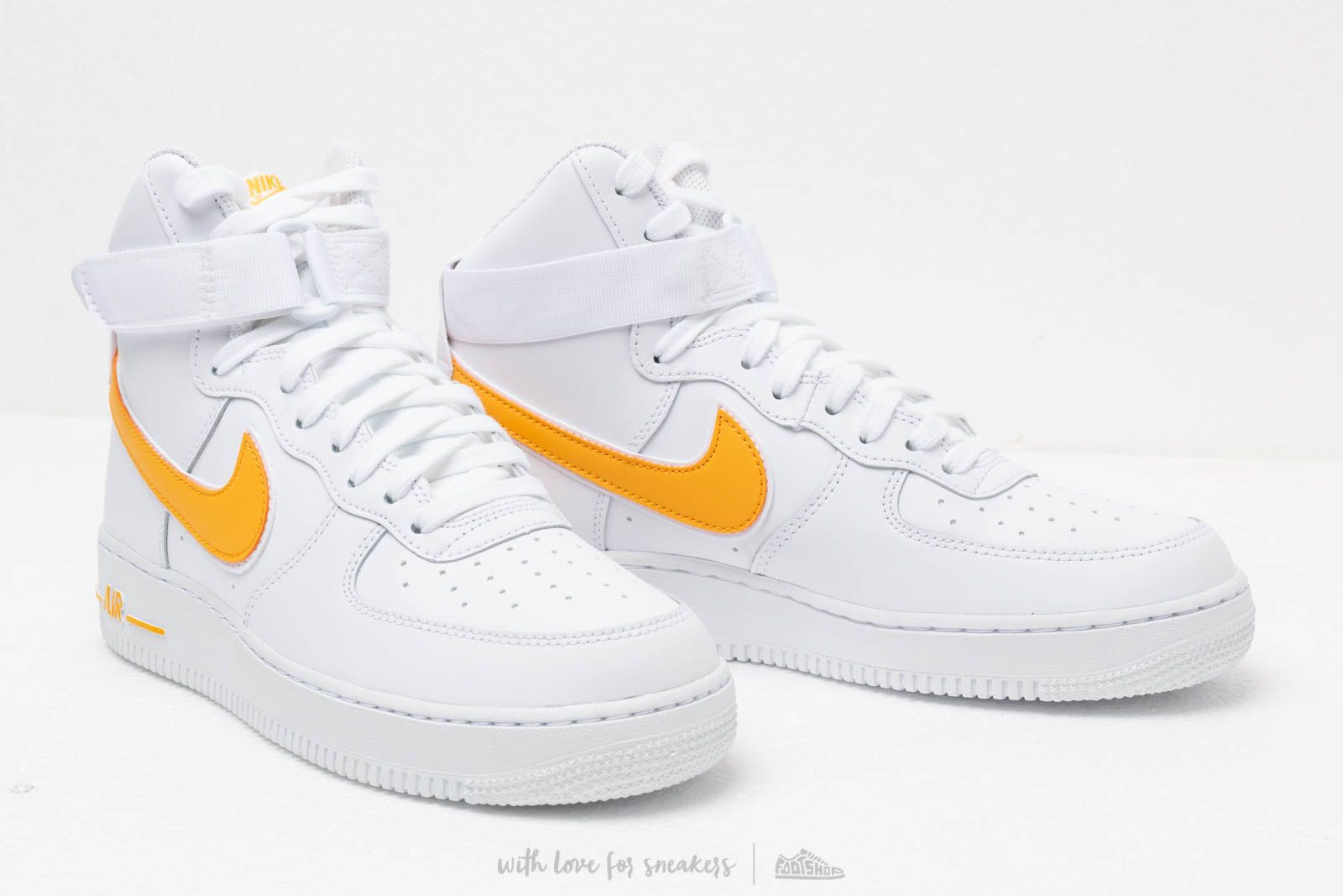 Nike Air Force 1 High '07 3 ''WhiteUniversity Gold
