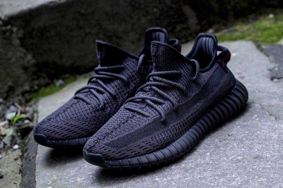 adidas Yeezy Boost 350 v2 ''Triple Black'' Sneaker Style