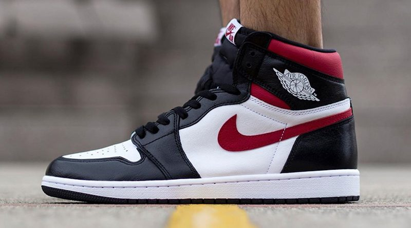 Air Jordan 1 Retro High OG ''Black/Gym Red''