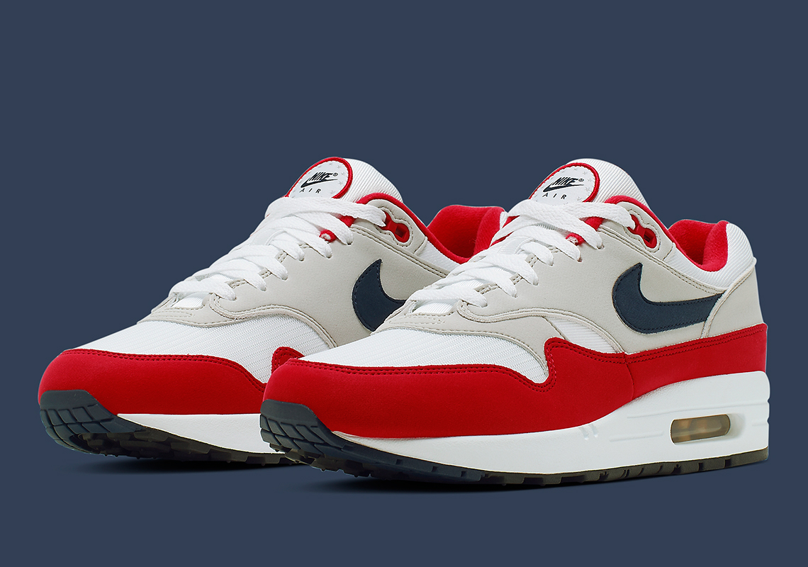 Nike Air Max 1 ''Independance Day'' Sneaker Style