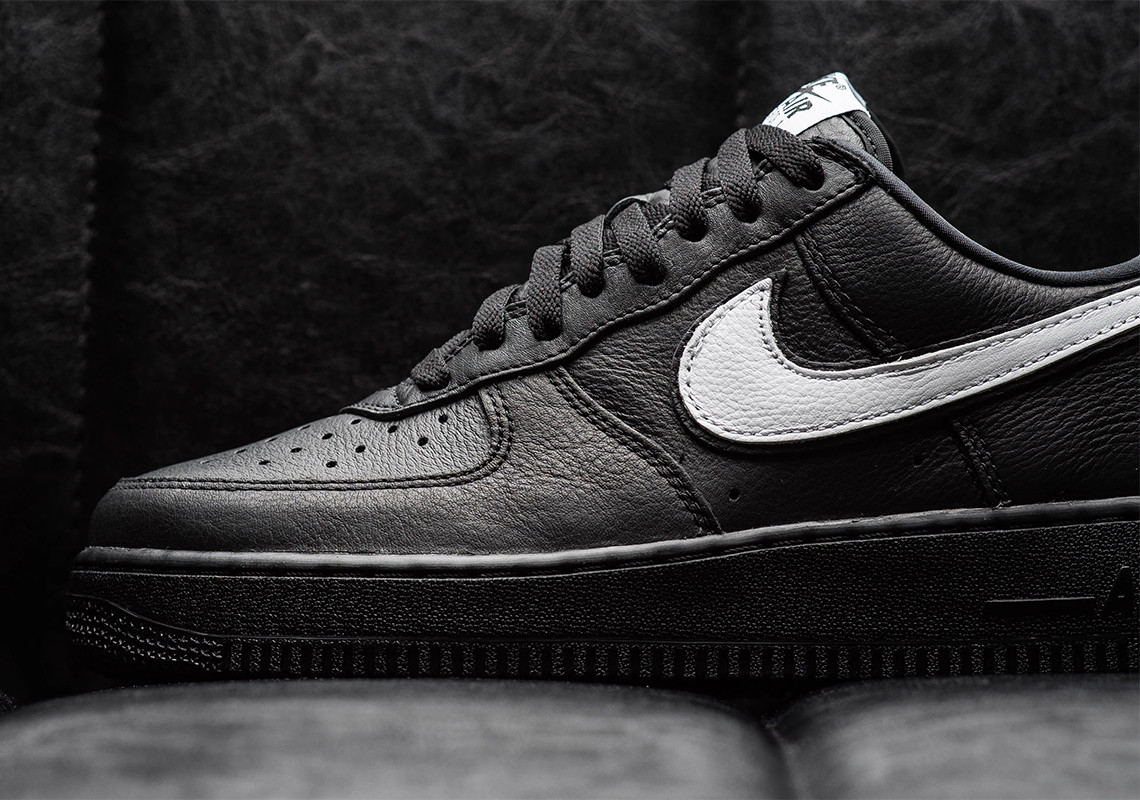 Nike Air Force 1 Low Retro QS ''Friday''