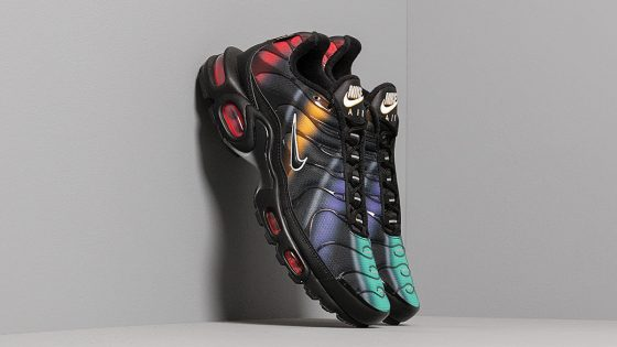 Nike Air Max Plus Tn SE ''Black/Flash Crimson - Kinetic Green''