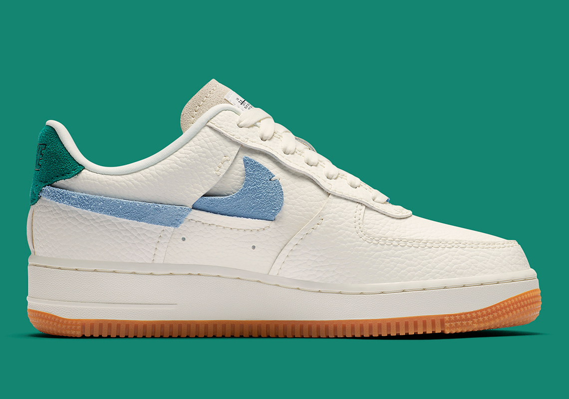 Nike WMNS Air Force 1 '07 LXX ''Inside Out''