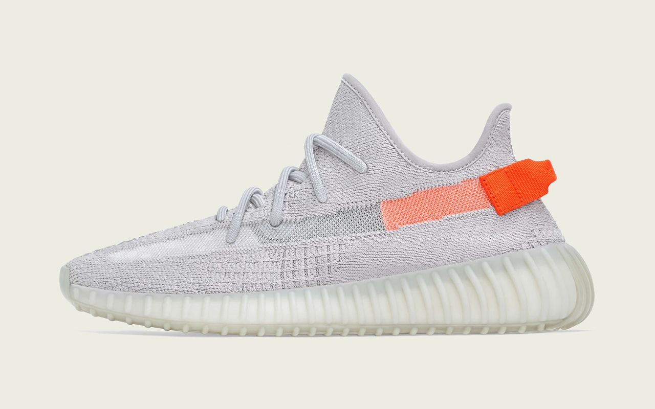 adidas Yeezy Boost 350 V2 ''Tail Light'' FX9017 Sneaker Style