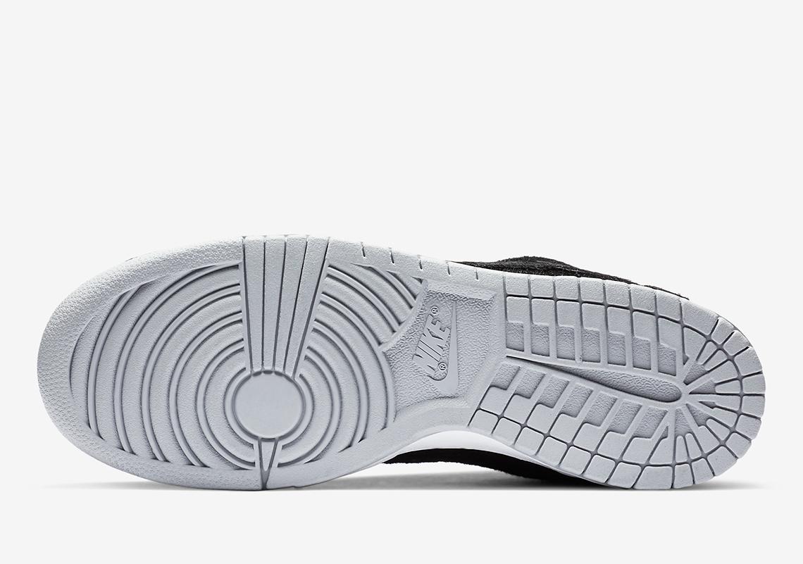 """Medicom Toy x Nike SB Dunk Low """"Be@rbrick"""" - CZ5127-001"""