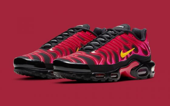 SUPREME x Nike Air Max Plus TN ''Fire Pink'' - DA1472-600