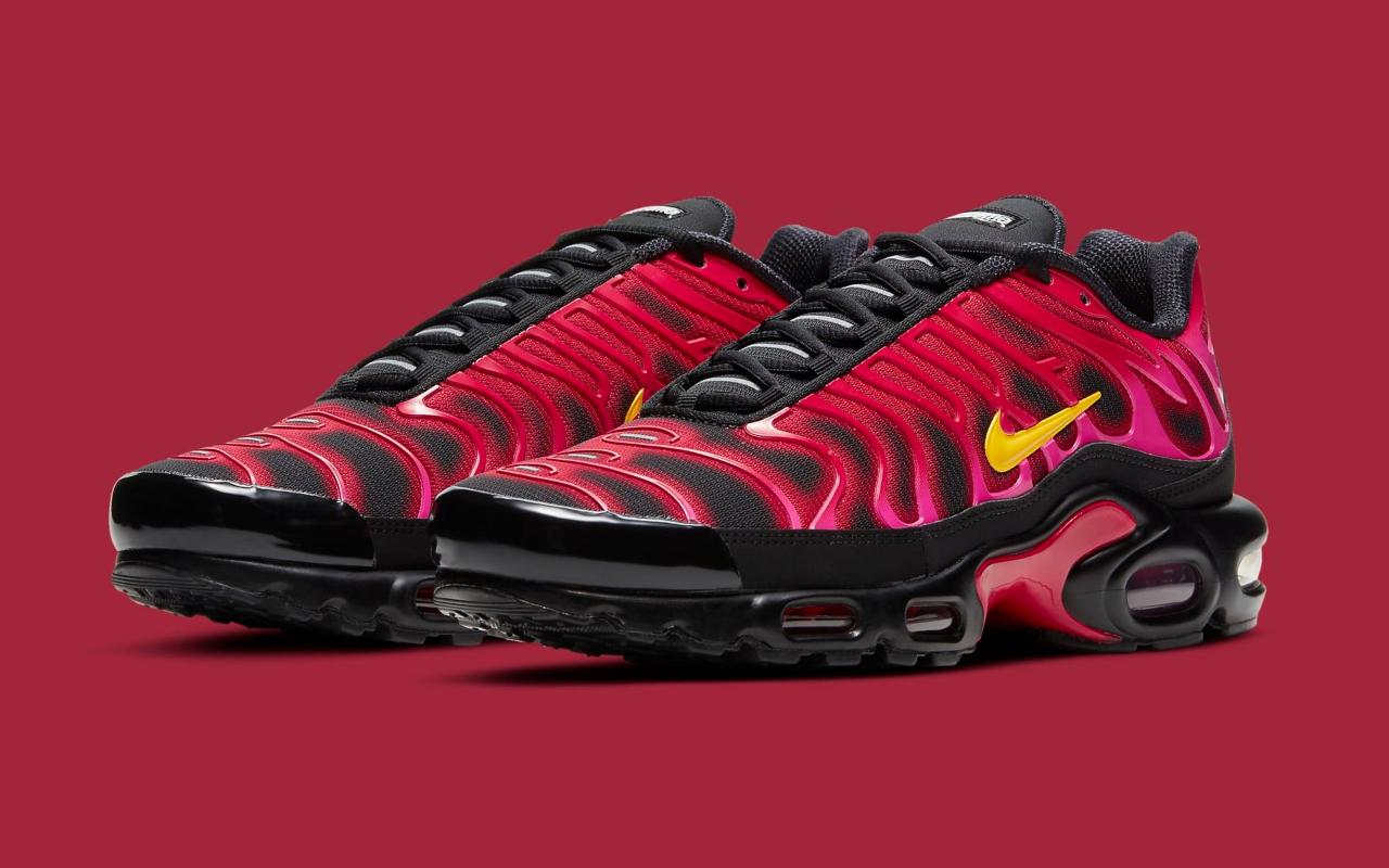SUPREME x Nike Air Max Plus TN ''Fire Pink'' - DA1472-600 ...