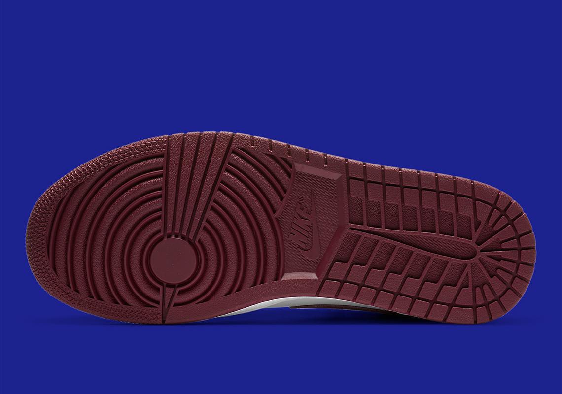 Air Jordan 1 Mid WMNS ''Dark Beetroot''/''Gold Pendants'' - CZ4385-016