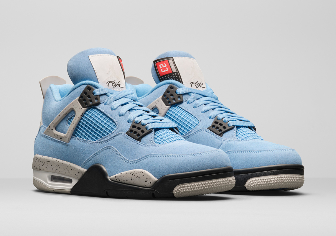 Air Jordan 4 Retro ''University Blue'' - CT8527-400