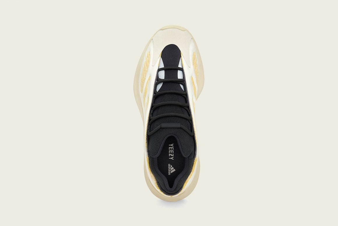 adidas Yeezy 700 V3 ''Safflower'' - G54853