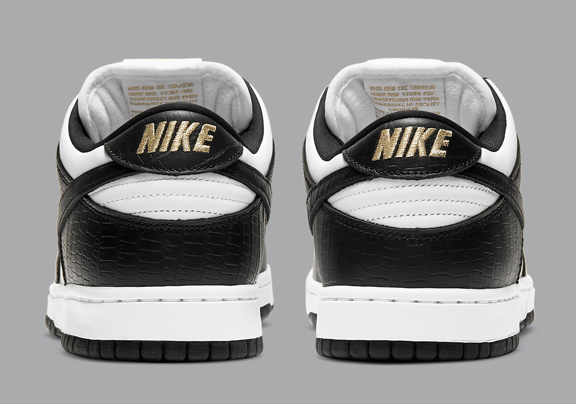 SUPREME x Nike SB Dunk Low ''Black'' - DH3228-102