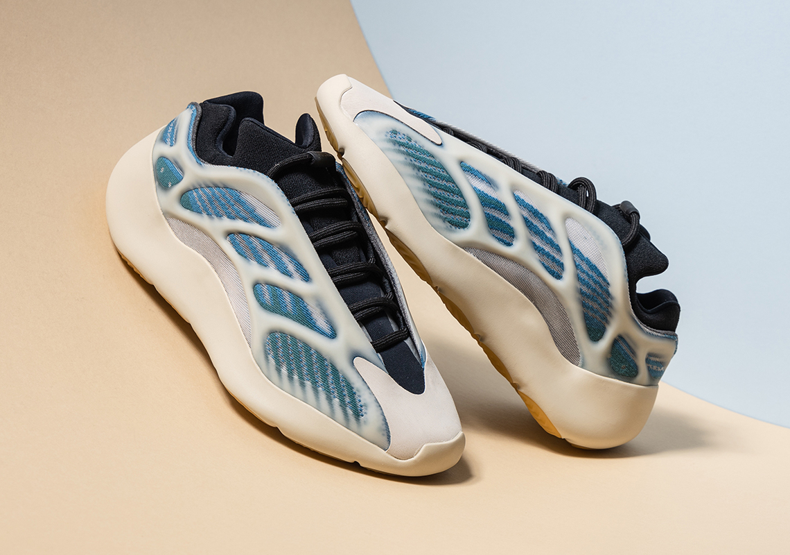 adidas Yeezy 700 V3 ''Kyanite'' - GY0260