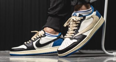 Fragment DesignTravis Scott x Air Jordan 1 Low OG