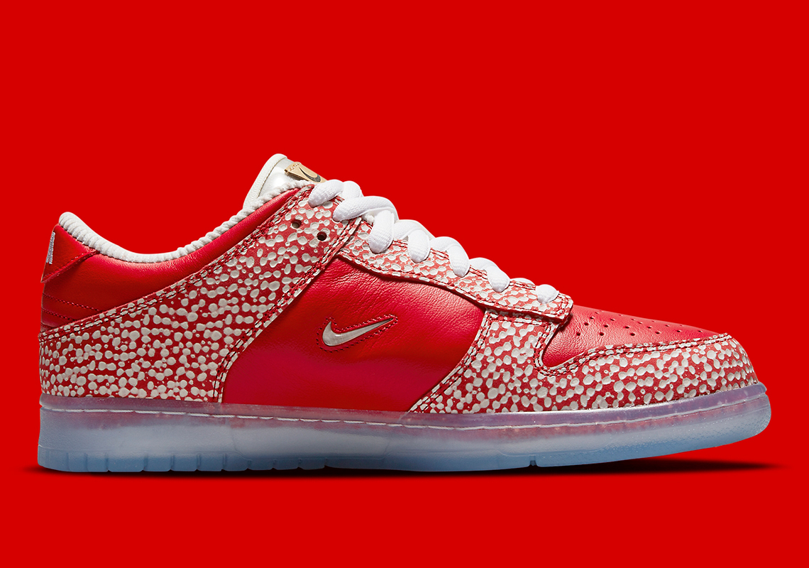 Stingwater x Nike SB Dunk Low ''Magic Mushroom'' - DH7650-600