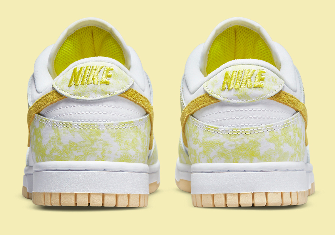Nike Dunk Low WMNS ''Yellow Strike'' - DM9467-700