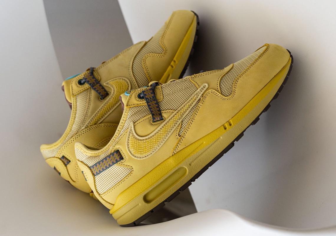 Travis Scott x Nike nike pegasus flyknit oreo shoes black sandals ''Wheat'' - DO9392-700