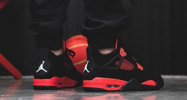 Air Jordan4 ''Red Thunder''